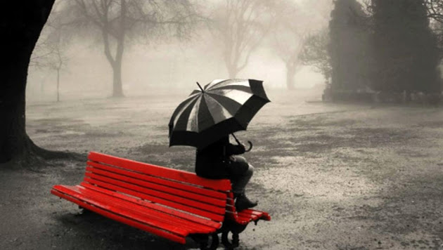 Sad-Alone-Girl-In-Rain-Wallpapers-HD-Pictures